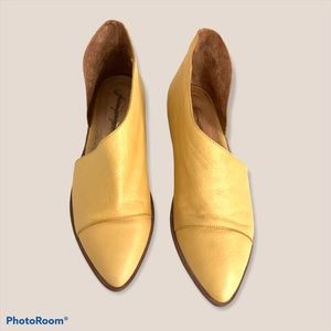 Free People Pointed Royale flats 39